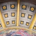 Mosaik und Deckengestaltung